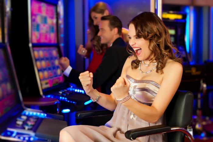 Coupons, Groupons and Daily Deals for Casinos – Which one works best?